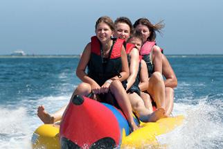 vis-bananaboat-familiensafari-divingFox